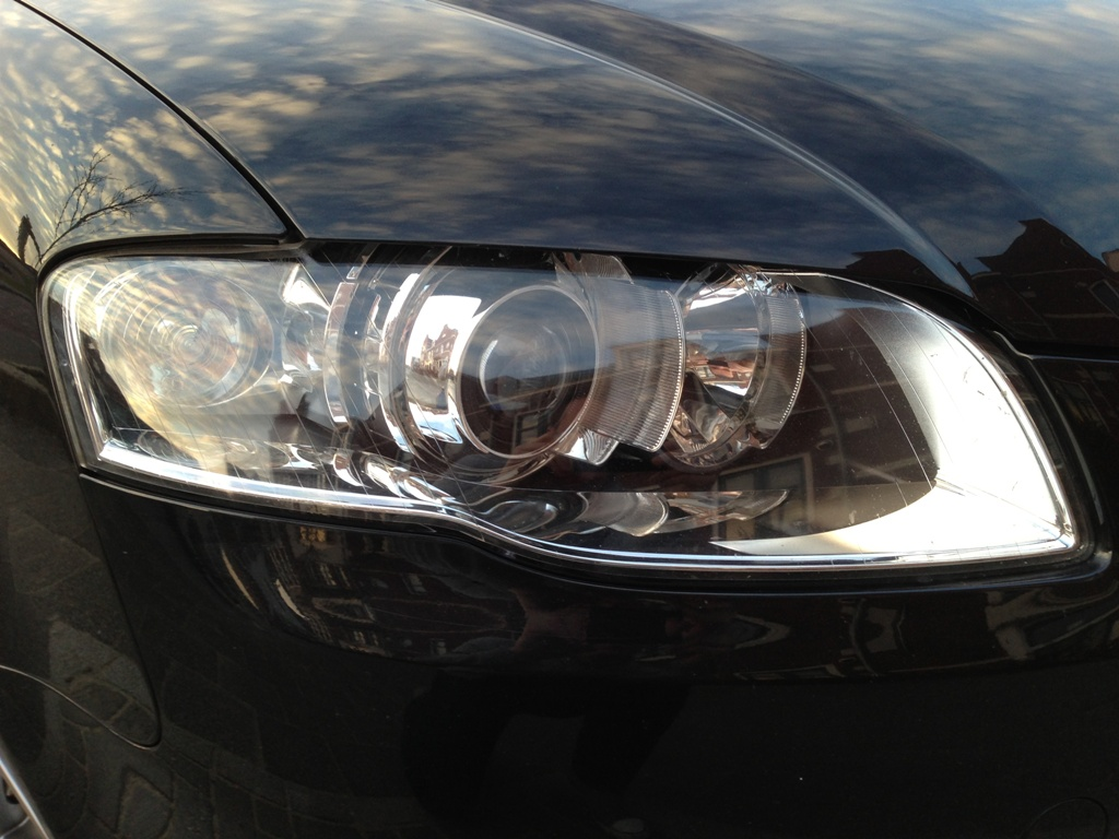 B7 A4 Bi-xenon headlight