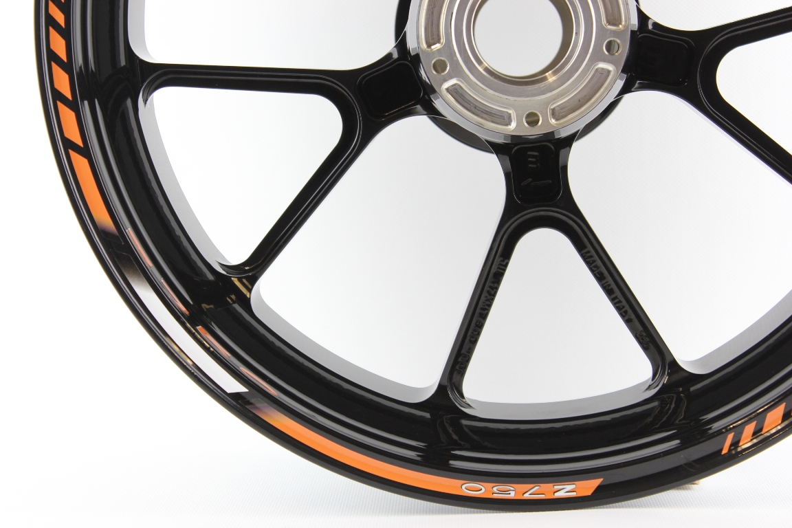 Rim Striping SpecialGP Kawasaki Z750 In The Colors Orange White And Black With A Set Of Logos